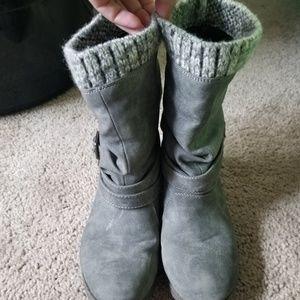 Justfab gray boots